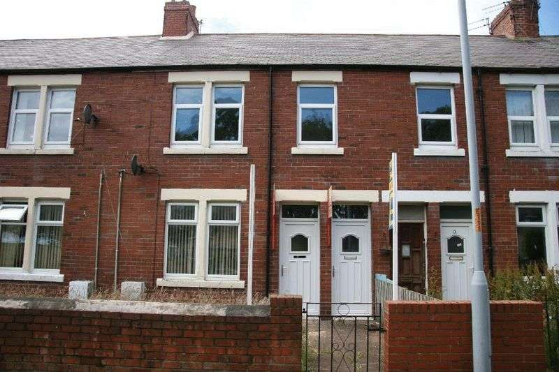 3 Bedrooms Flat for sale in Alexandra Road, Ashington