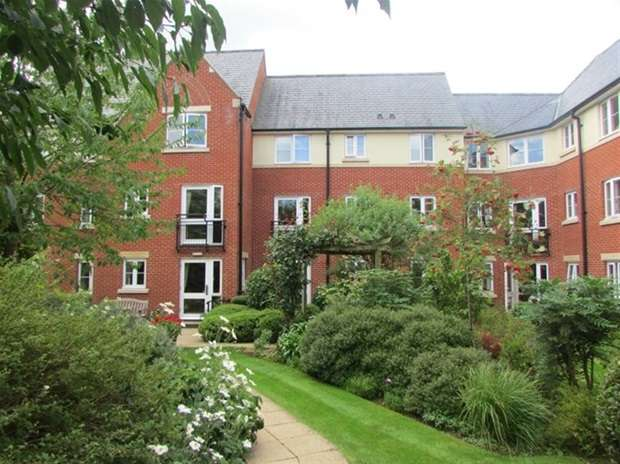 1 Bedroom Flat for sale in Cavendish Lodge, Magdalene Street, Glastonbury