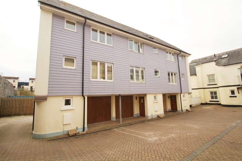 3 Bedrooms Terraced House for sale in Plymouth