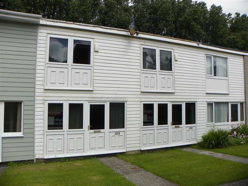 2 Bedrooms Chalet House for sale in Trewent Park, Freshwater East