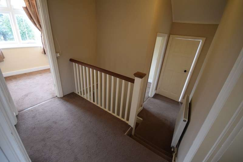3 Bedrooms Flat for sale in lindenthorpe Road, broadstairs, Kent, CT10