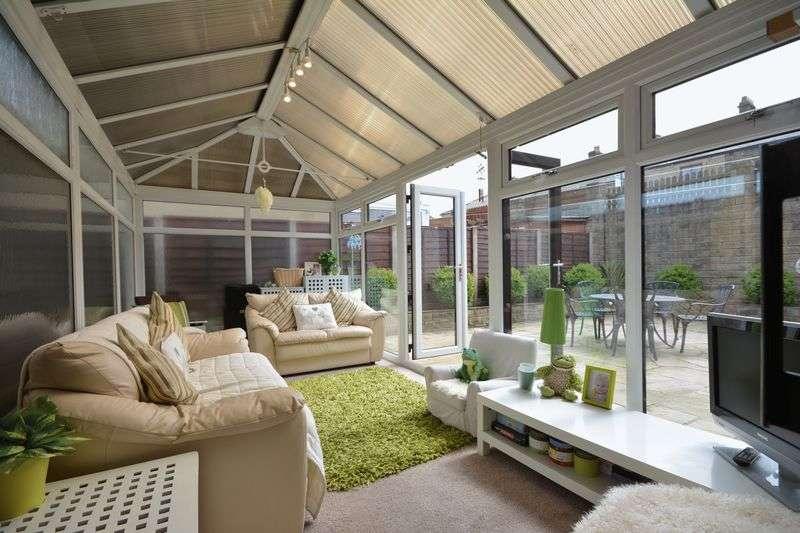 4 Bedrooms Semi Detached House for sale in Weavers Croft, Billington