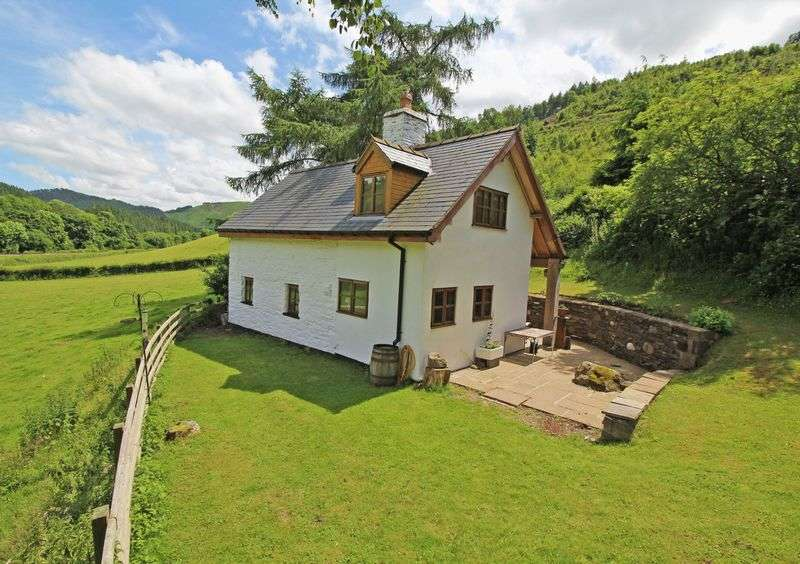 2 Bedrooms Detached House for sale in Glyndyfrdwy, Near Llangollen