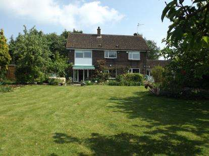 4 Bedrooms Detached House for sale in Eyke, Woodbridge, Suffolk