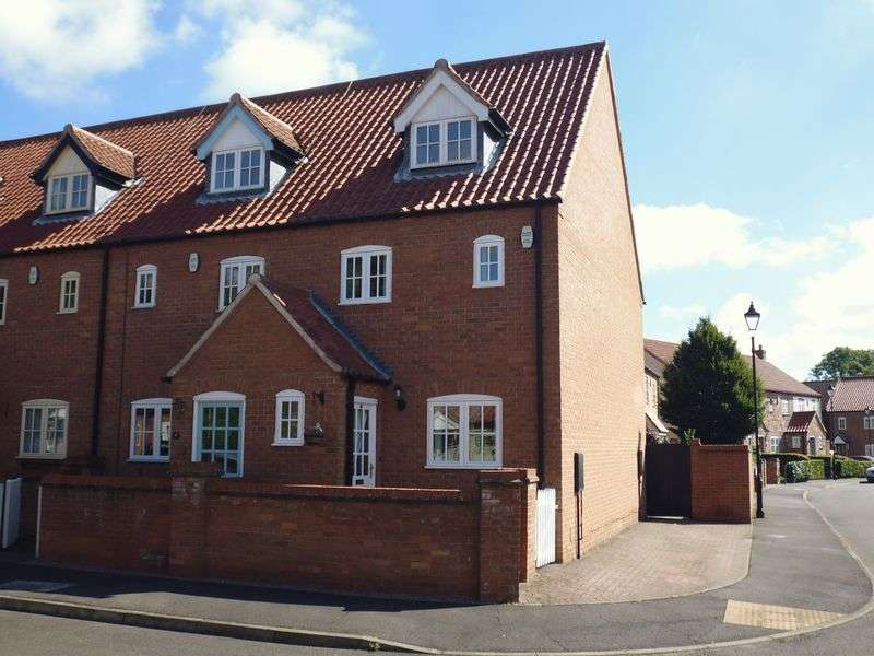 3 Bedrooms Semi Detached House for sale in Old Rectory Gardens, Sturton by Stow, Lincoln