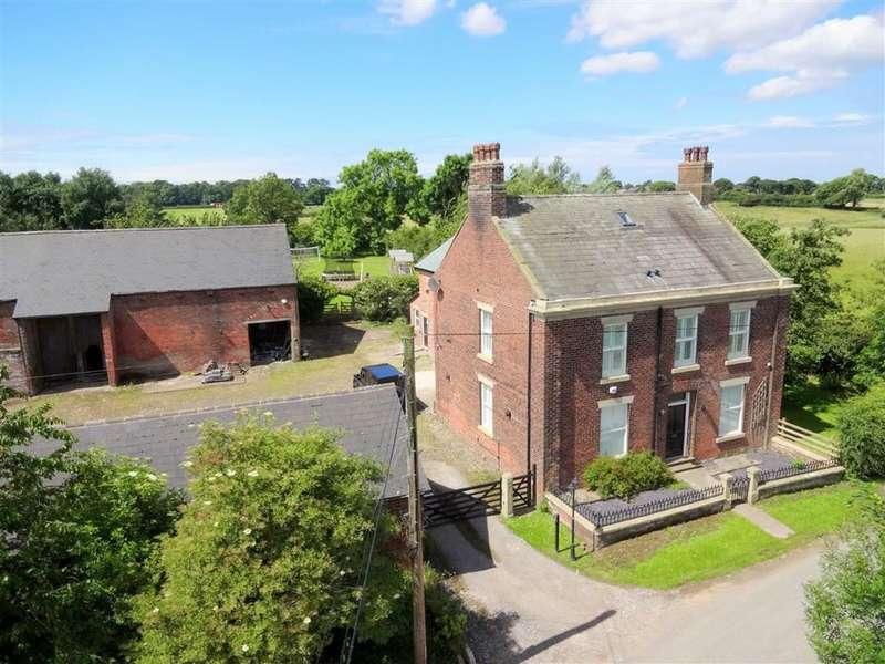 5 Bedrooms Property for sale in Medlar Lane, Kirkham