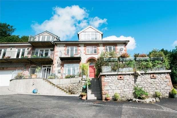 2 Bedrooms Flat for sale in Lindale Road, Grange-Over-Sands, Cumbria