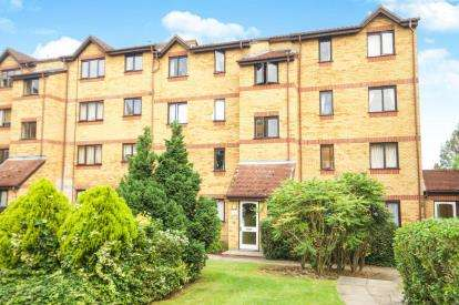 2 Bedrooms Flat for sale in Cornmow Drive, Dollis Hill, London