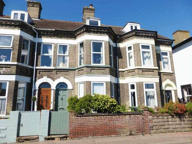 4 Bedrooms Terraced House for sale in Gorleston-on-Sea