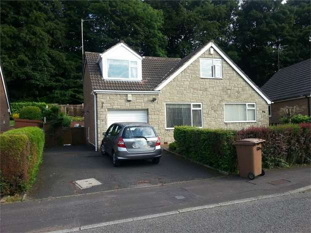 4 Bedrooms Detached House for sale in Marland Fold, Rochdale, Lancashire