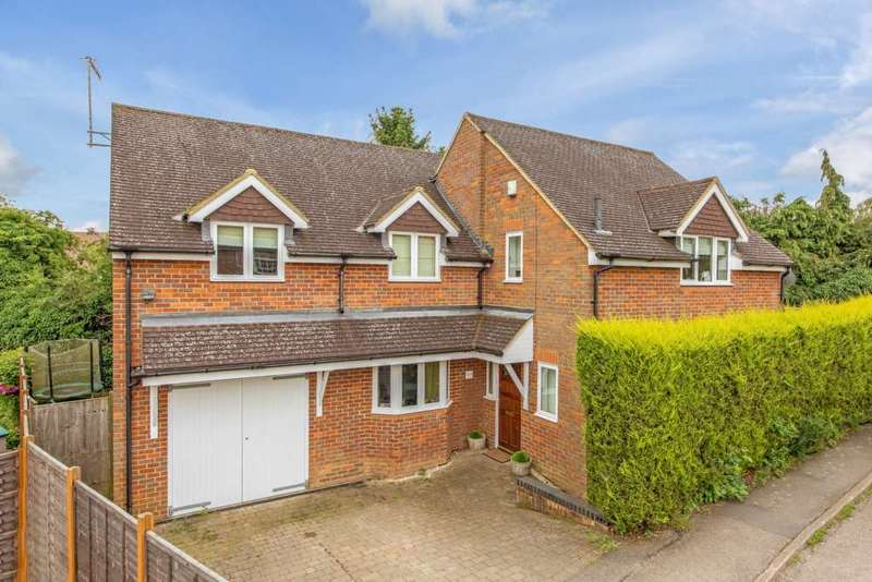 4 Bedrooms Detached House for sale in Ridgeway, Berkhamsted