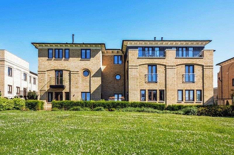 4 Bedrooms House for sale in Soane Square, Bentley Priory, Stanmore