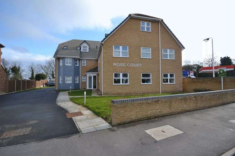 1 Bedroom Flat for sale in Fobbing Road, Stanford-Le-Hope