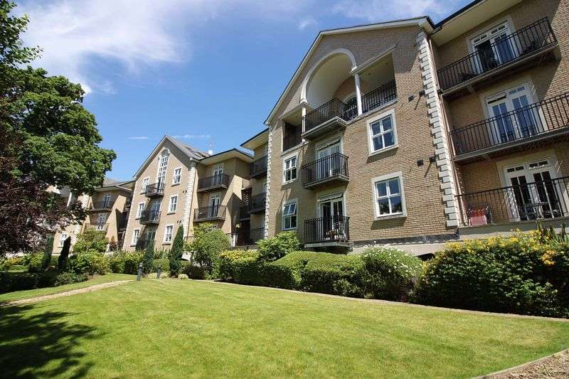 4 Bedrooms Flat for sale in The Manor, Repton Park