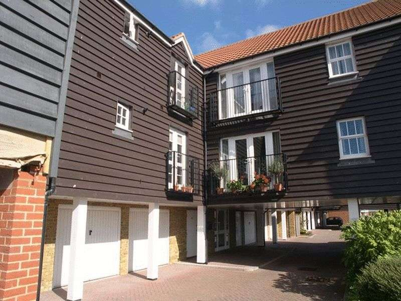 2 Bedrooms Flat for sale in Willowbank, Sandwich