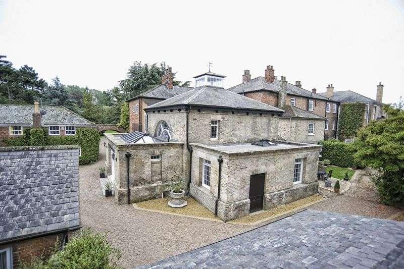 2 Bedrooms House for sale in Redbourne Park, Redbourne, DN21 4JG