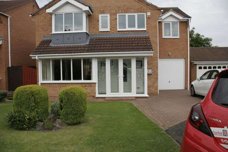 4 Bedrooms Detached House for sale in Shotley Court, Ashington