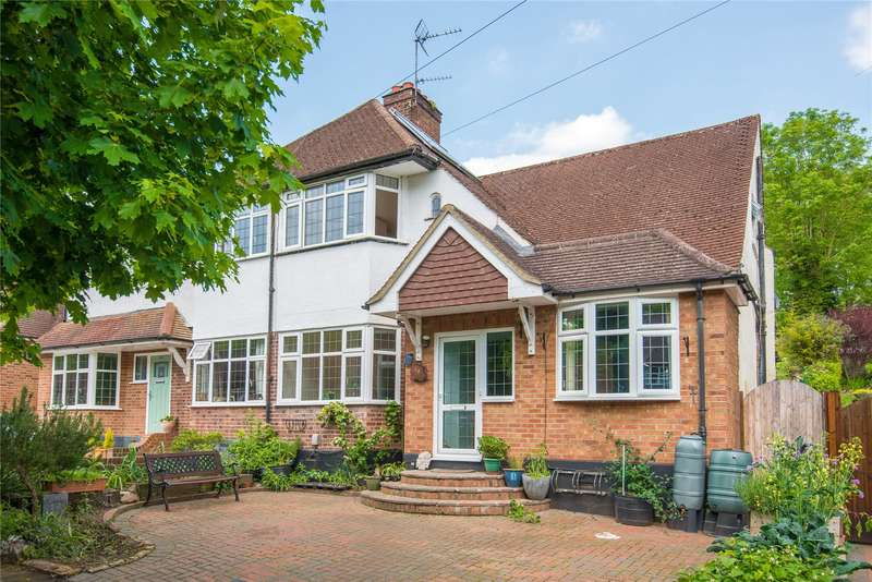3 Bedrooms Semi Detached House for sale in Whitelands Avenue, Chorleywood, Rickmansworth, Hertfordshire, WD3