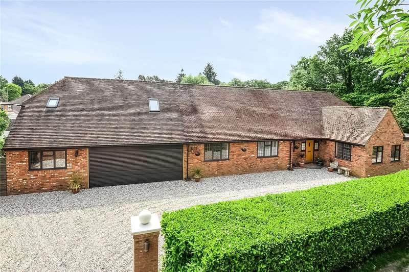 5 Bedrooms Detached Bungalow for sale in Roundabout Lane, Winnersh, Wokingham, Berkshire, RG41