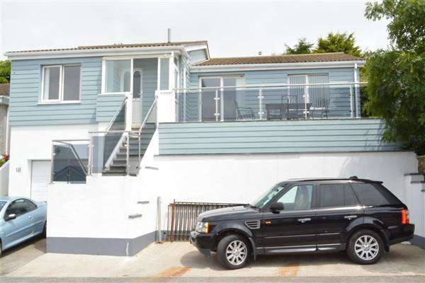 3 Bedrooms Bungalow for sale in Mevagissey, Cornwall