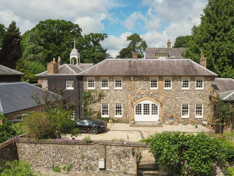 5 Bedrooms House for sale in The Stables, Woodcock Hill