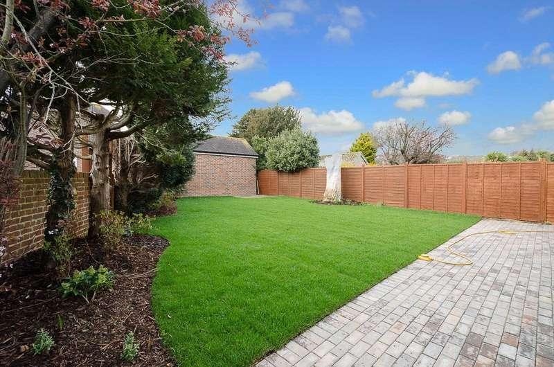 5 Bedrooms Detached House for sale in Grinstead Lane, Lancing