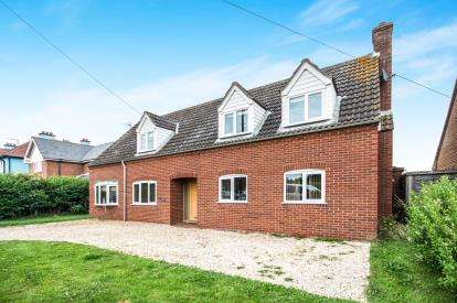 5 Bedrooms Detached House for sale in Mundesley, Norwich, Norfolk