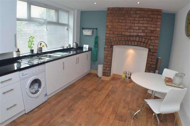 3 Bedrooms Property for sale in Lyme Grove, Droylsden, Manchester, M43