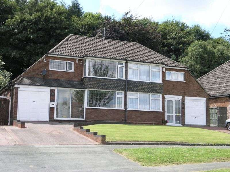 Property for sale in Farrington Road, Ettingshall Park, Wolverhampton