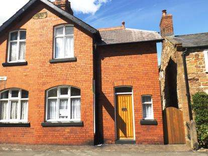 2 Bedrooms Semi Detached House for sale in The Highway, Hawarden, Deeside, Flintshire, CH5