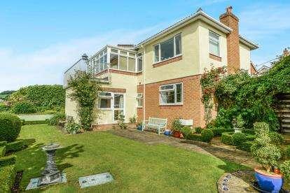 3 Bedrooms Detached House for sale in Ffordd Naddyn, Glan Conwy, Colwyn Bay, Conwy, LL28