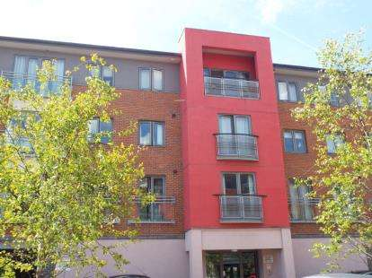 1 Bedroom Flat for sale in Cameronian Square, Worsdell Drive, Gateshead, Tyne and Wear, NE8