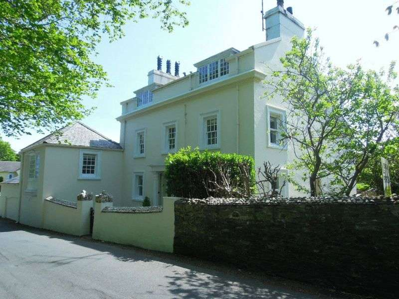 5 Bedrooms Detached House for sale in Church Road, Port Lewaigue, Maughold, IM7 1AG