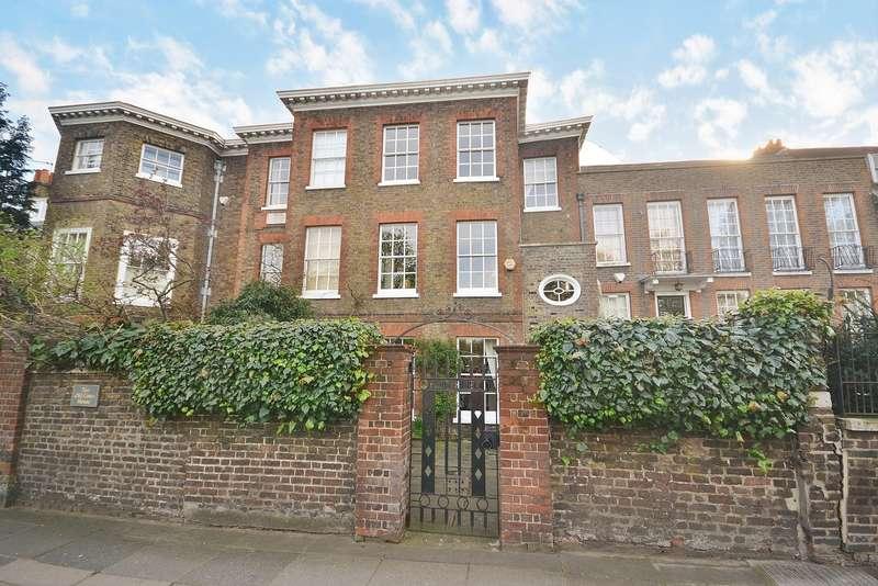 4 Bedrooms House for sale in Teddington