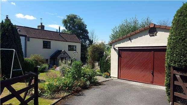 4 Bedrooms Semi Detached House for sale in Webbs Heath, BRISTOL, BS30 5LZ