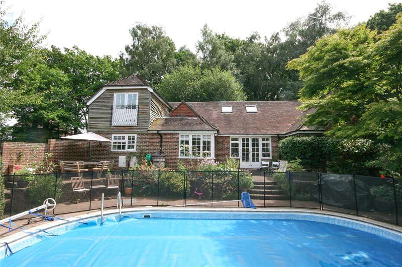 4 Bedrooms Detached House for sale in Marsh Green, Colemans Hatch