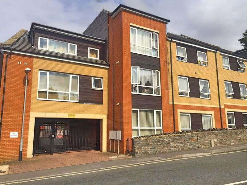 2 Bedrooms Flat for sale in Nags Head Hill, Bristol