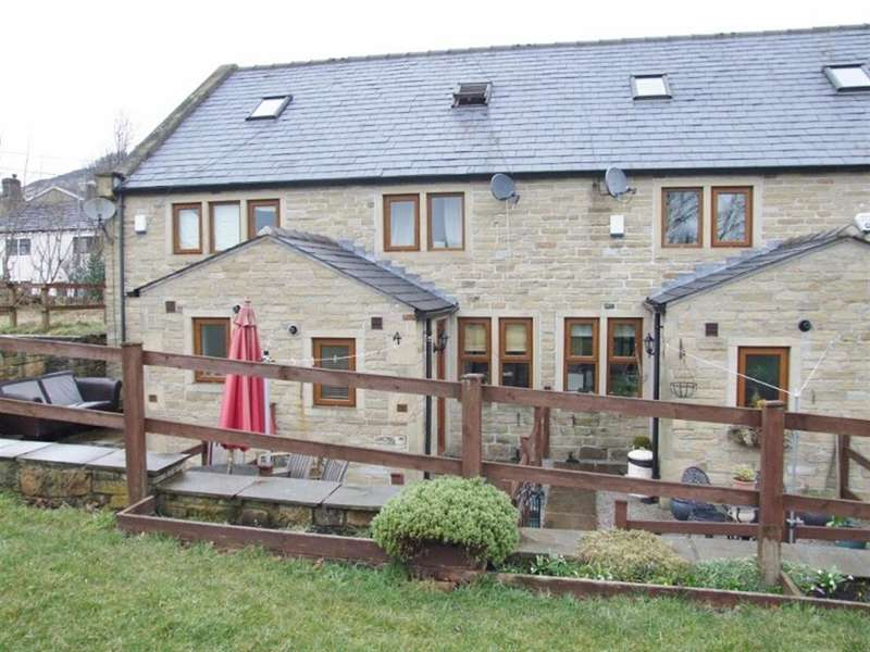 2 Bedrooms Town House for sale in The Sunday School, Warley, Halifax, HX2 7SA