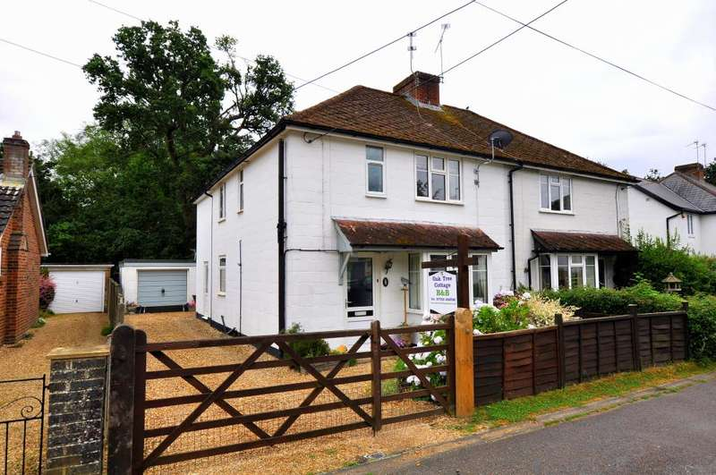 4 Bedrooms Cottage House for sale in Copse Road, Burley, BH24 4EG