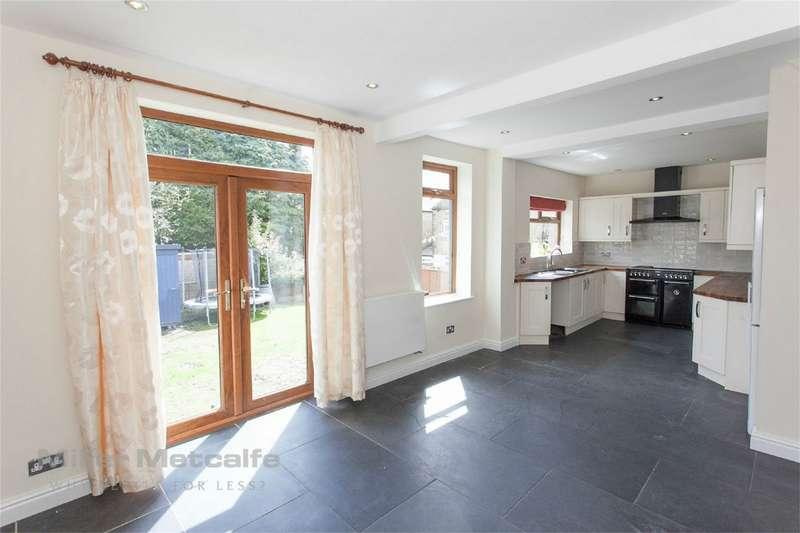4 Bedrooms Semi Detached House for sale in Albert Street, Egerton, Bolton, Lancashire