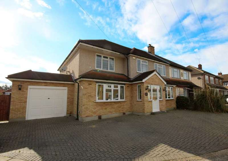 7 Bedrooms Semi Detached House for sale in Dover Close, Romford