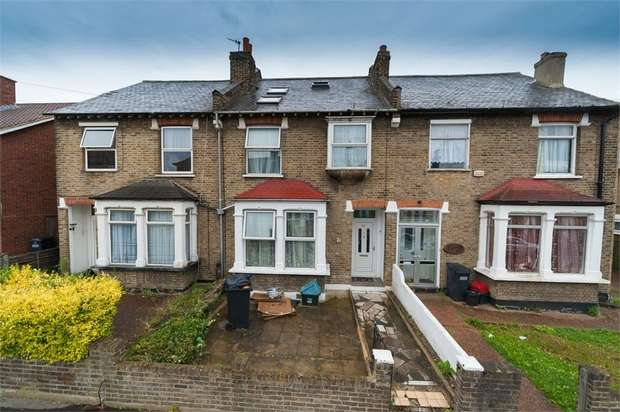 5 Bedrooms Terraced House for sale in Sandfield Road, Thornton Heath, Surrey