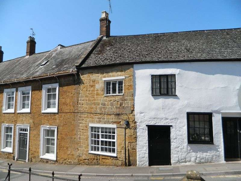 1 Bedroom Terraced House for sale in North Street, Ilminster