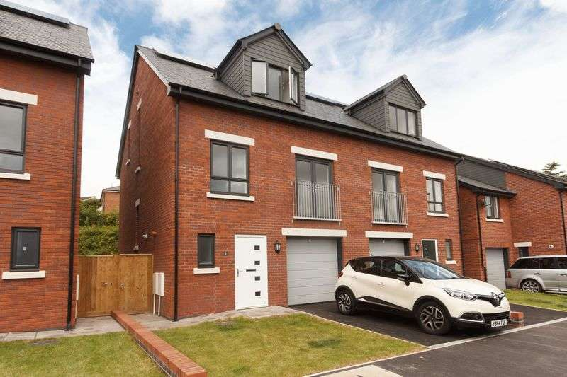 4 Bedrooms Semi Detached House for sale in Orchard Close, Crediton