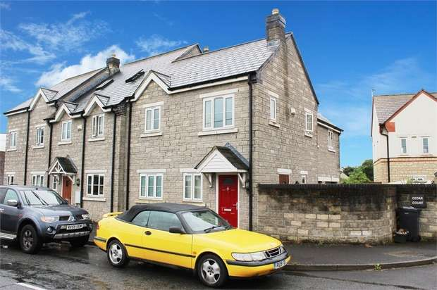 3 Bedrooms Semi Detached House for sale in The Avenue, Sparkford, Yeovil, Somerset