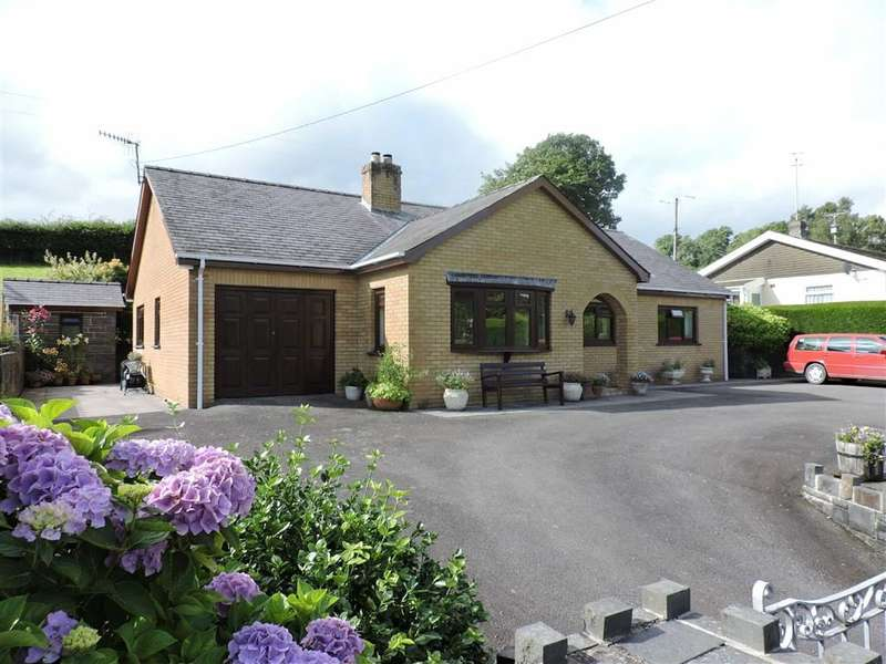 3 Bedrooms Property for sale in Llwynygroes, Tregaron