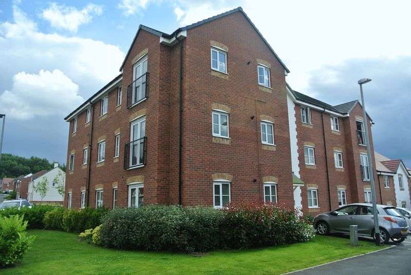 2 Bedrooms Flat for sale in Cloisters Way, St Georges, Telford, Shropshire.