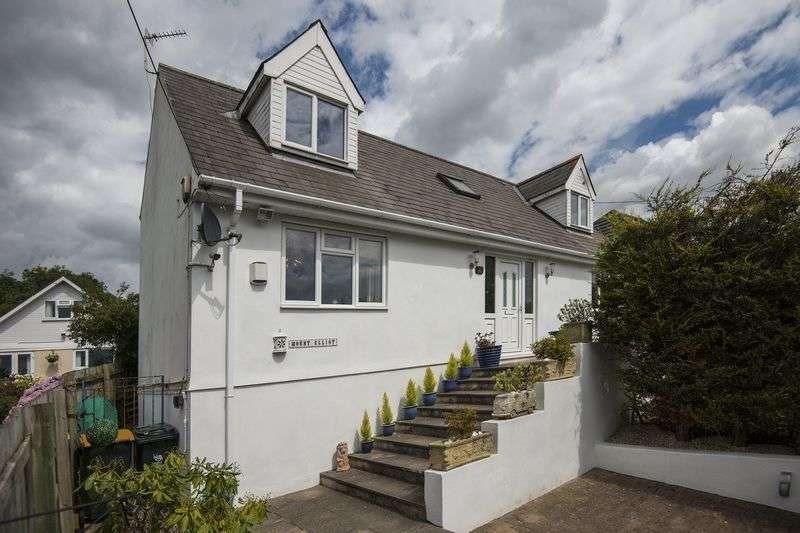 4 Bedrooms Detached House for sale in Cot Hill, Newport