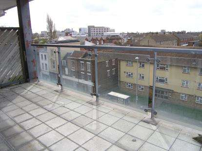 1 Bedroom Flat for sale in 163 Queen Street, Portsmouth, Hampshire