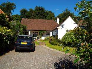4 Bedrooms Bungalow for sale in Harestone Valley Road, Caterham, Surrey, .